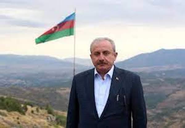 "Mustafa Şentop : ""L'Arménie n'obtiendra rien avec des politiques agressives"""