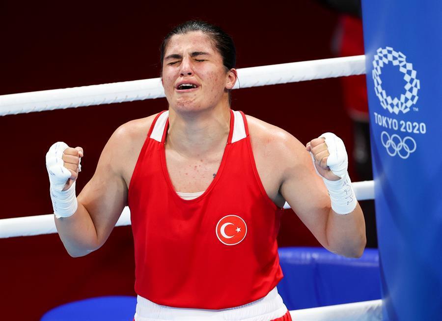 Sürmeneli de Turquie remporte l'or en poids welter féminin aux Jeux olympiques de Tokyo