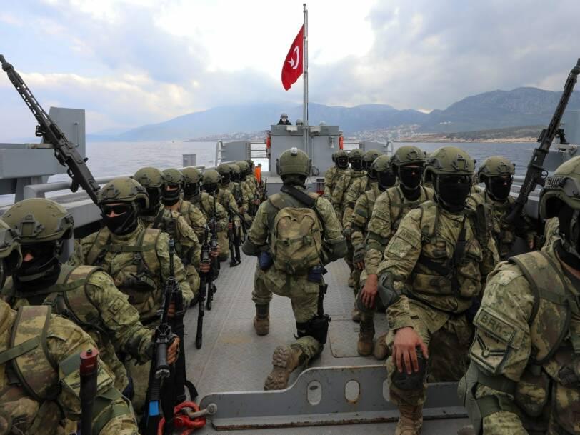 La Turquie construit de nouveaux navires, chars et missiles pour renforcer son armée