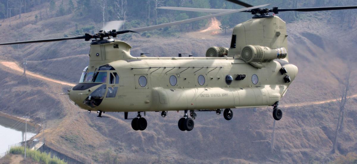 Les États-Unis envoient deux hélicoptères Chinook pour aider la Turquie à lutter contre les incendies de forêt