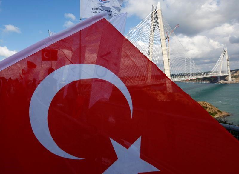 La Turquie se plaint de manoeuvres grecques en mer Egée