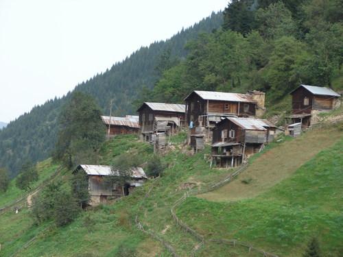 Un village sans béton en Turquie !