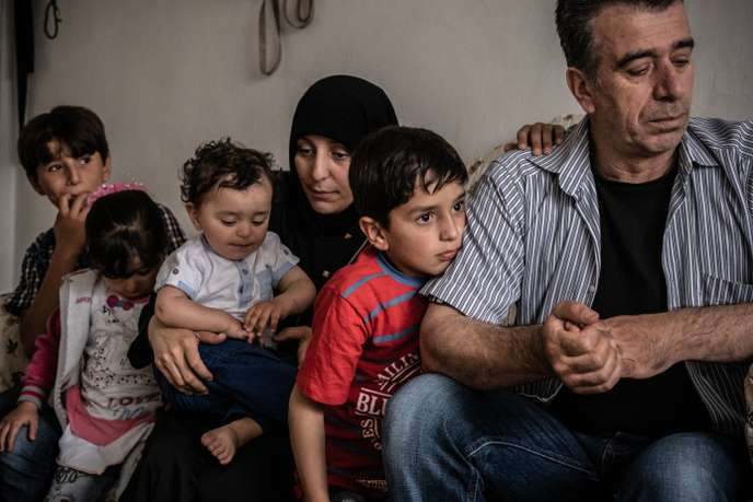En Turquie, une carte bancaire financée par l'UE améliore l'ordinaire des réfugiés syriens