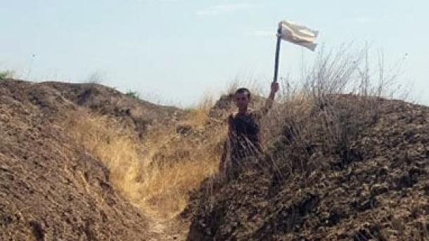 Un soldat arménien fuit les persécutions de ses supérieurs, et se réfugie aux soldats azerbaïdjanais