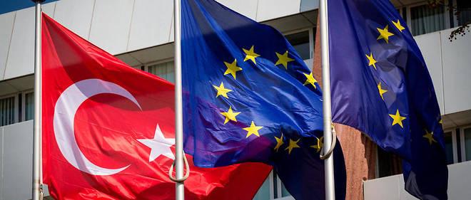 La Turquie appelle l'UE à travailler ensemble pour surmonter les obstacles
