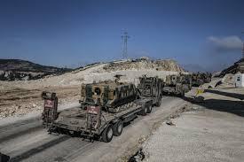 La Turquie déploie des véhicules blindés à la frontière syrienne