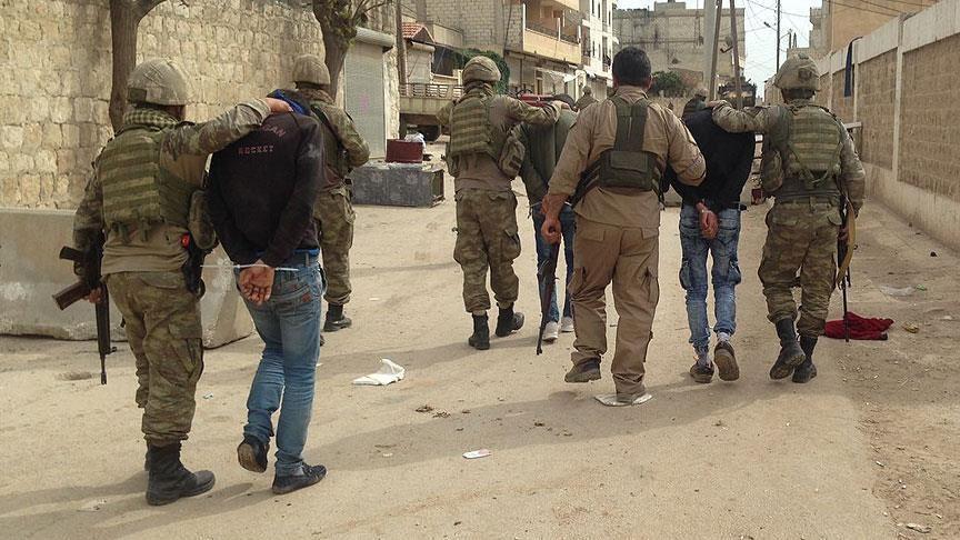 9 suspects du PKK / YPG arrêtés à Afrin, en Syrie