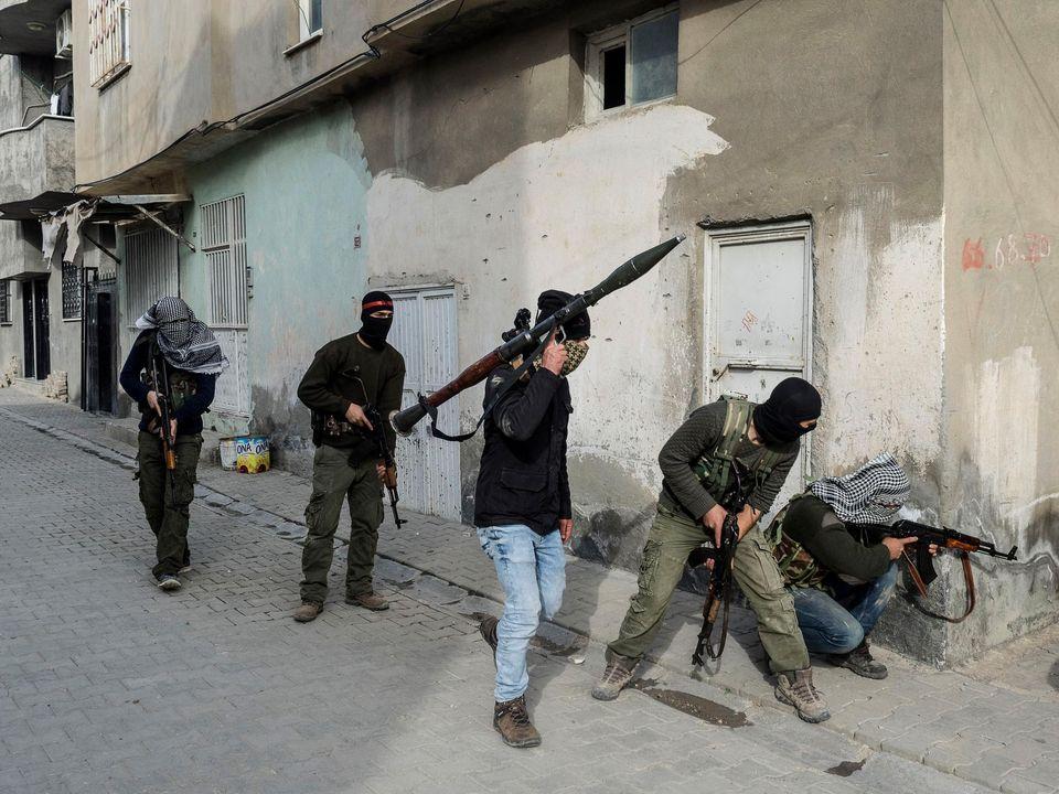 Des liens entre le groupe terroriste du PKK et le HDP