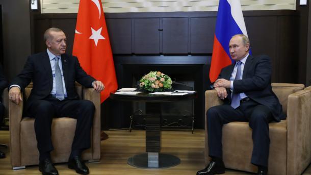 """Erdogan : """"Des patrouilles turques et russes vont commencer à la frontière turco-syrienne"""""""