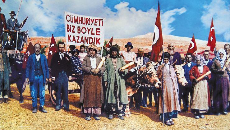 Le 29 octobre, la République de Turquie a été fondée