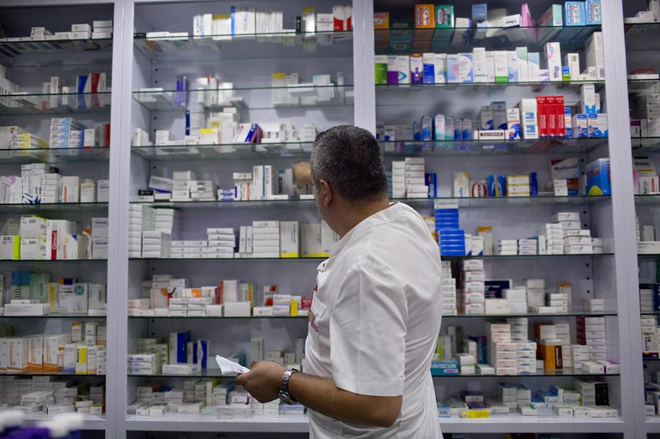 Les pharmacies turques manquent de médicaments avant la hausse des prix