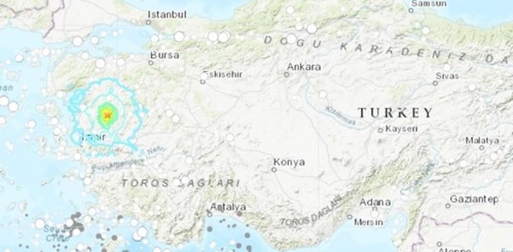Un tremblement de terre provoque la panique dans l'ouest de la Turquie