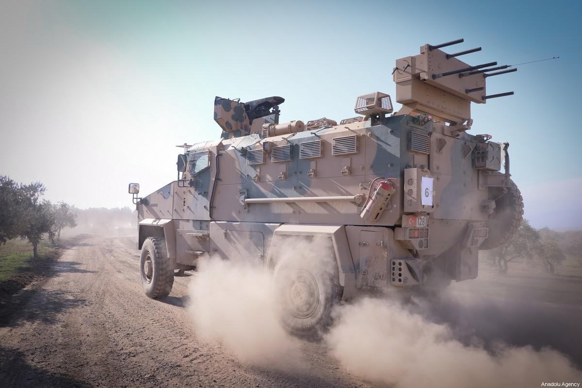 La Turquie détruit 903 mines dans le nord de la Syrie