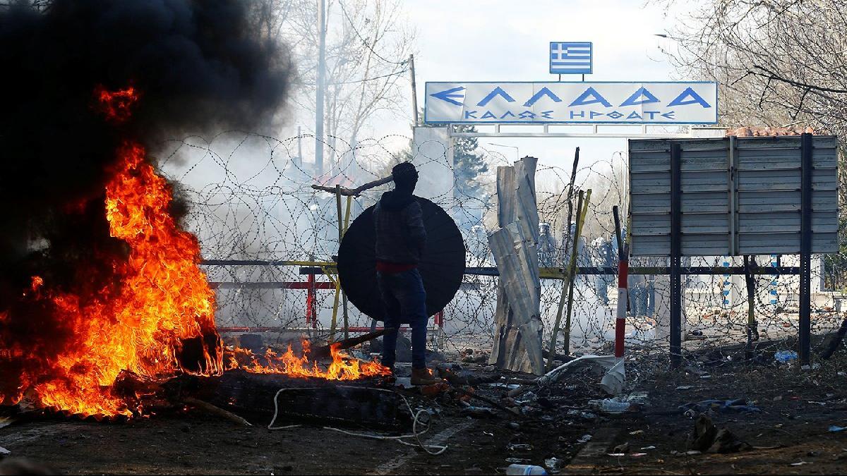 Turquie : des milliers de migrants se massent à la frontière avec la Grèce