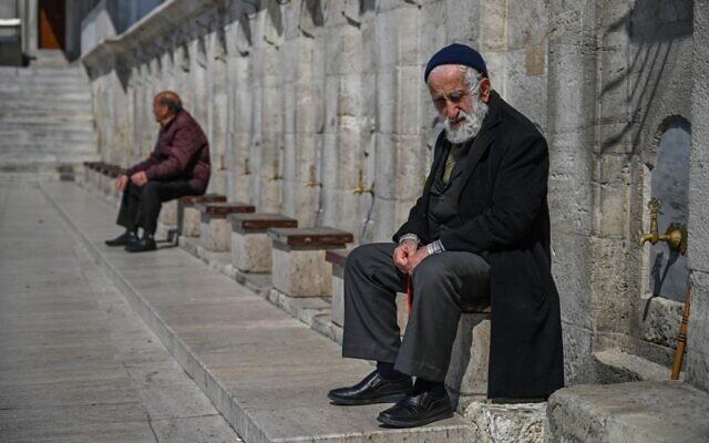 La Turquie ordonne le confinement au personne de plus de 65 ans
