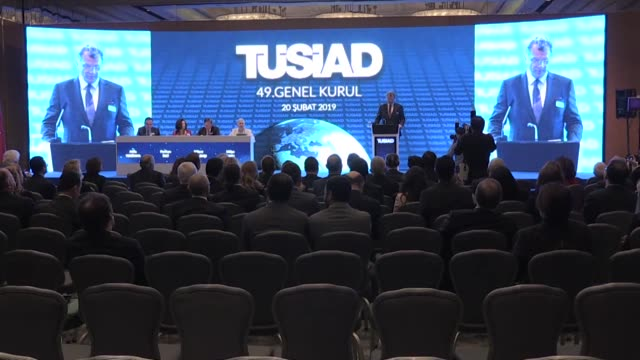 L'industriels turcs demandent à Recep Tayyip Erdogan de mettre en place des mesures plus strictes