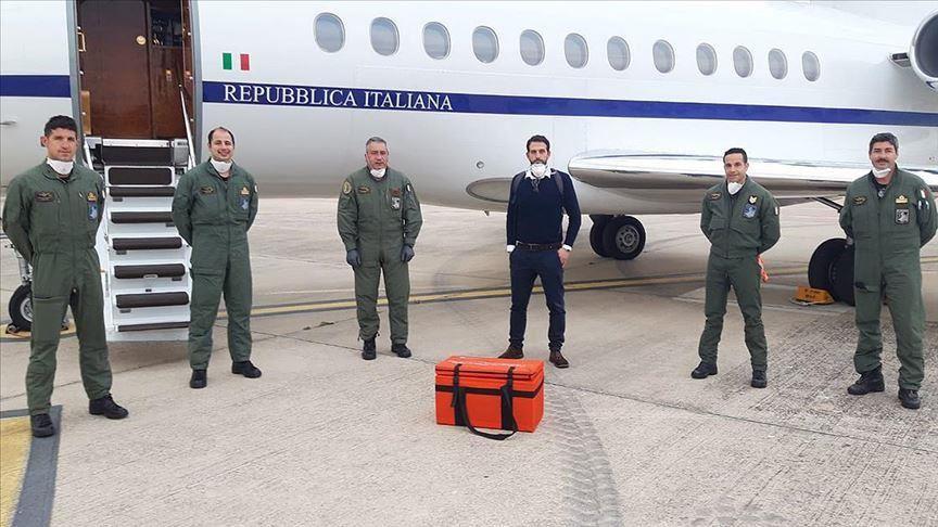 La Turquie ouvre un espace aérien pour sauver la vie d'un tout-petit italien