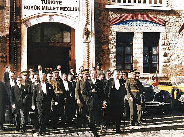 Le Parlement a été essentiel pour Atatürk sur la route de la République