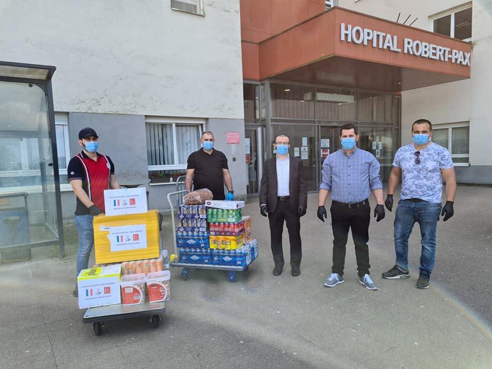 L'association franco-turque offre 2 000 masques et 1 000 gants à l'hôpital Pax