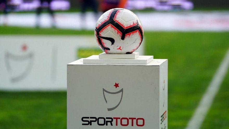 Les clubs de football turcs pourraient perdre 1 milliard de lires du COVID-19