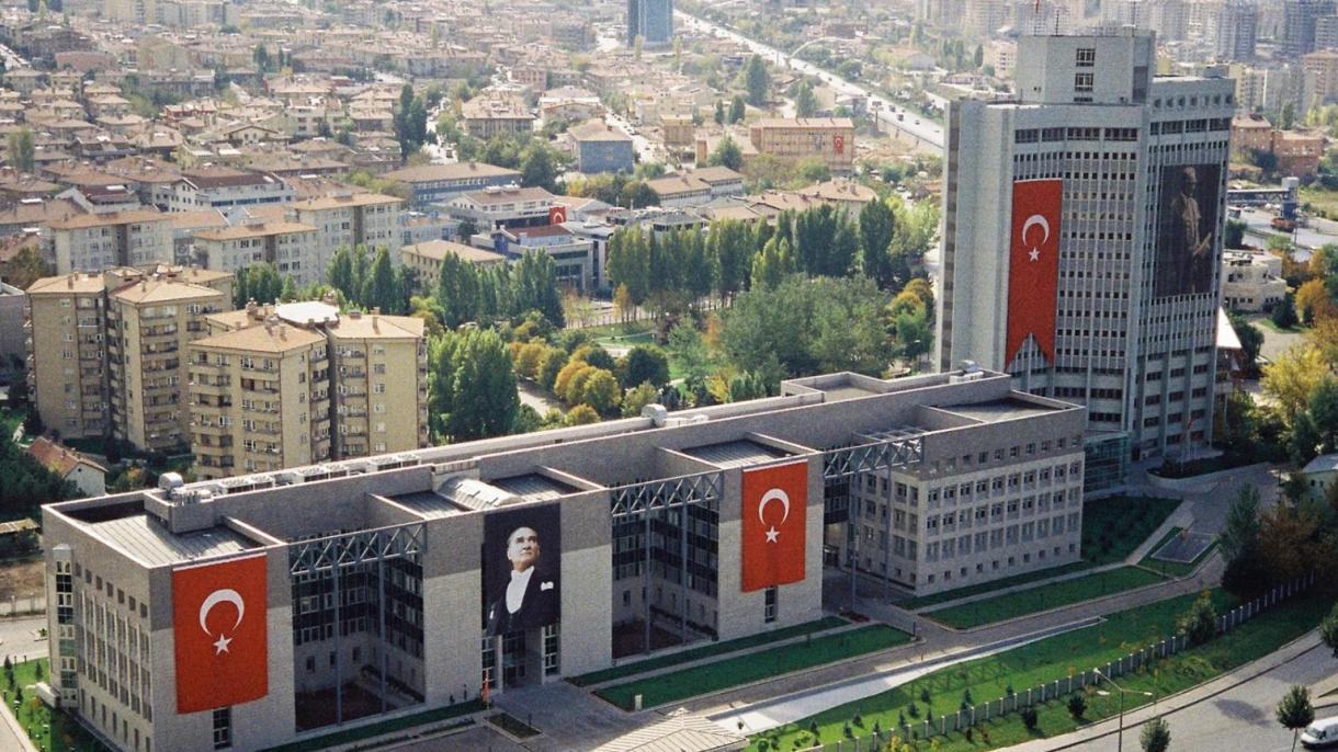 """La Turquie appelle la résolution du Sénat tchèque sur le """"génocide"""" arménien"""