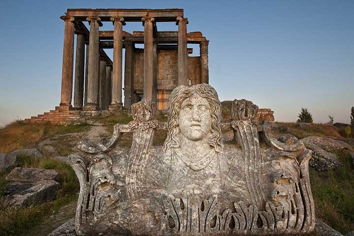 Site du patrimoine mondial : la Turquie commence à restaurer l'ancienne ville d'Aizanoi