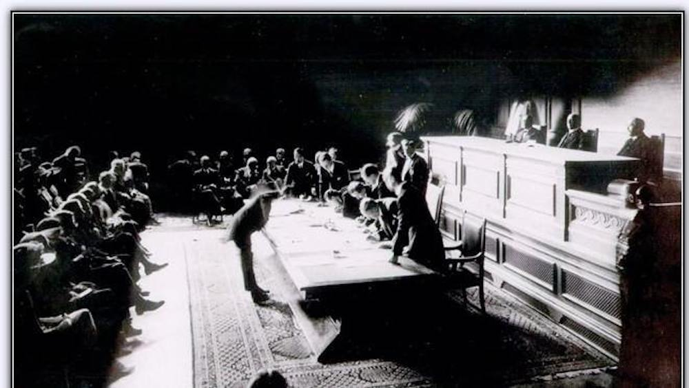 [Histoire] Le 24 juillet (1923), les Turcs signe la création de la République de Turquie