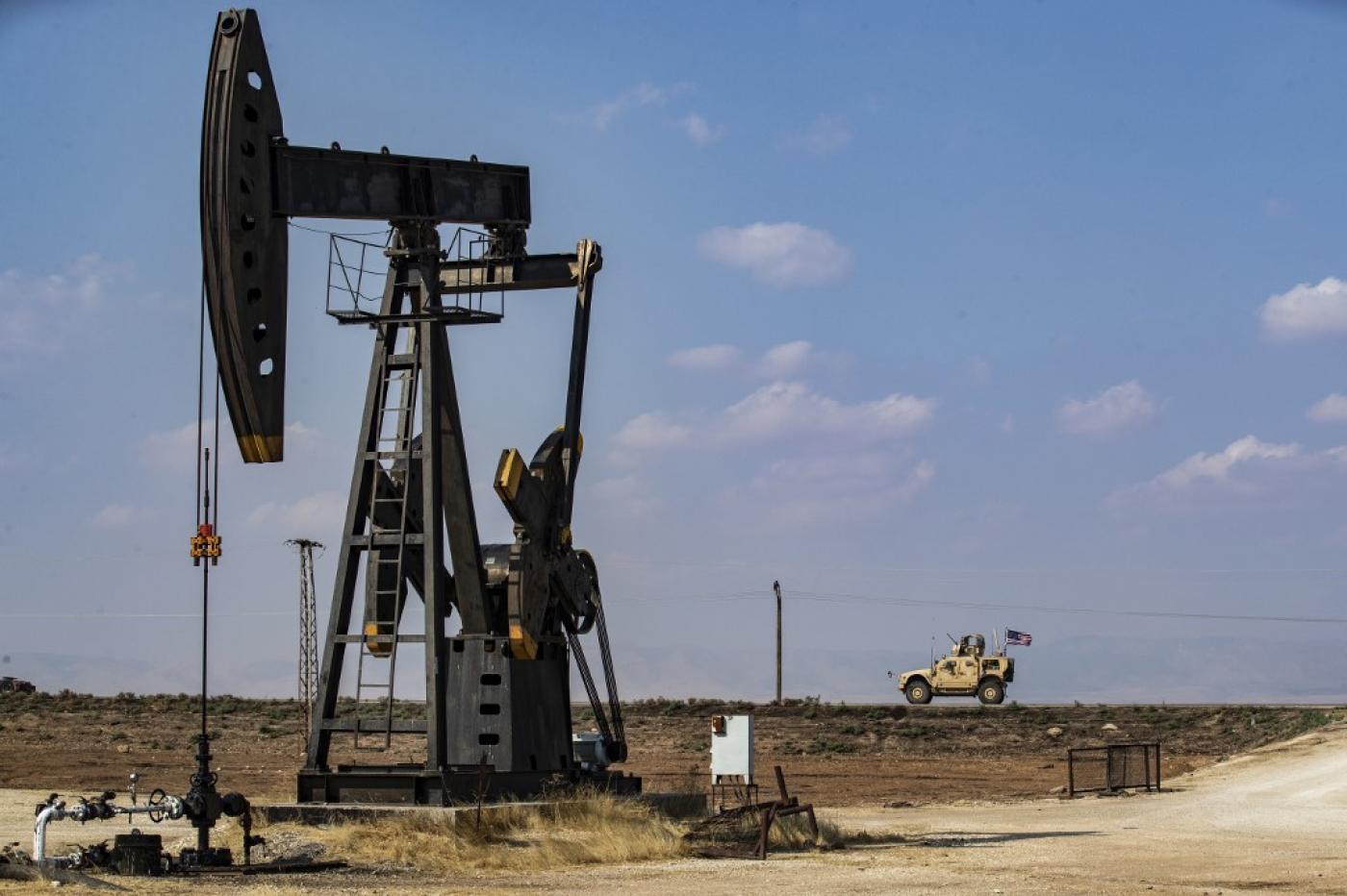 La Turquie critique les États-Unis pour un accord pétrolier avec YPG en Syrie