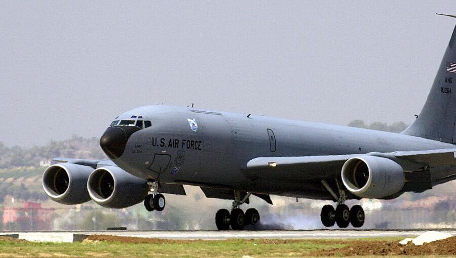 """Le Pentagone """"n'a pas l'intention de se retirer'' de la base aérienne nucléaire d'Incirlik en Turquie"""