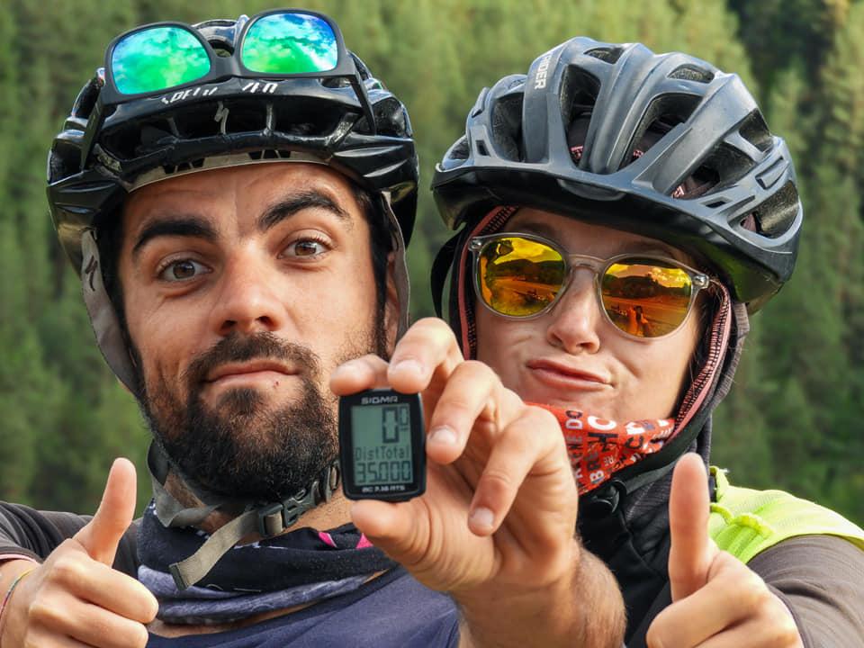 La route de la joie - Tour du monde à vélo