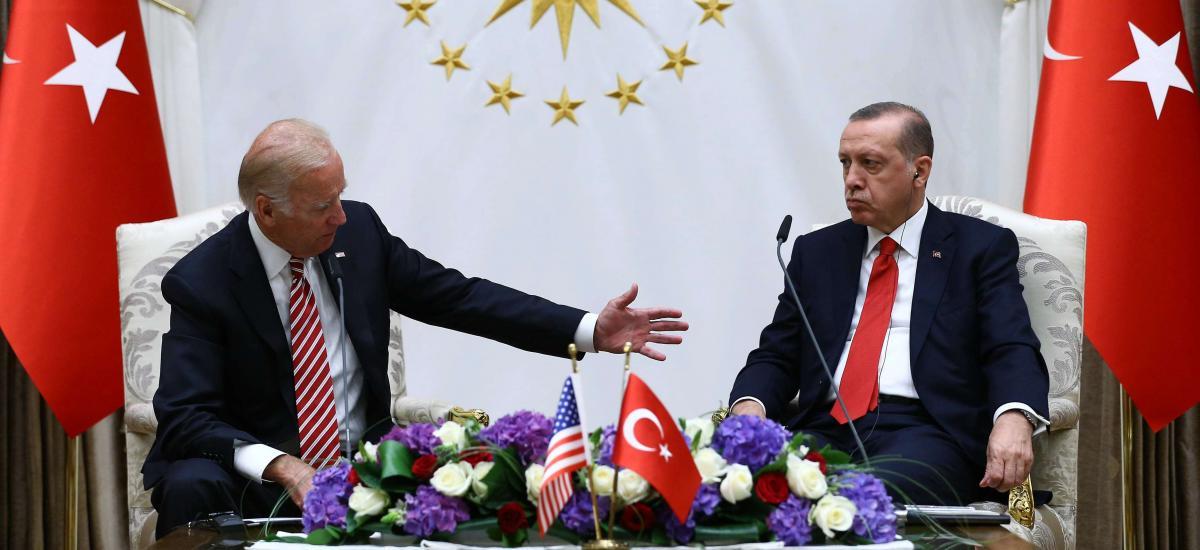 Biden augmentera le soutien américain aux YPG en Syrie et en Irak, selon un universitaire
