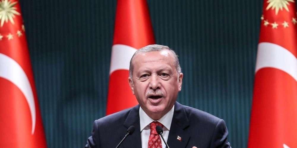 """La France menace la Turquie de """"possibles sanctions économiques"""", à cause de son """"islamisme agressif"""""""