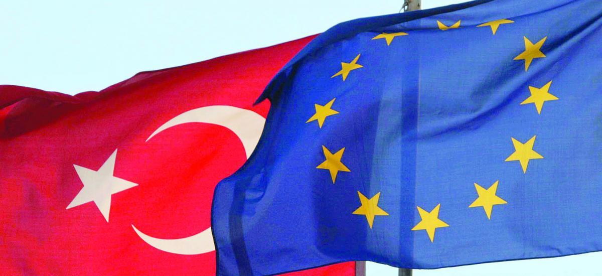 La France dit que la Turquie doit clarifier ses positions pour des relations européennes constructives