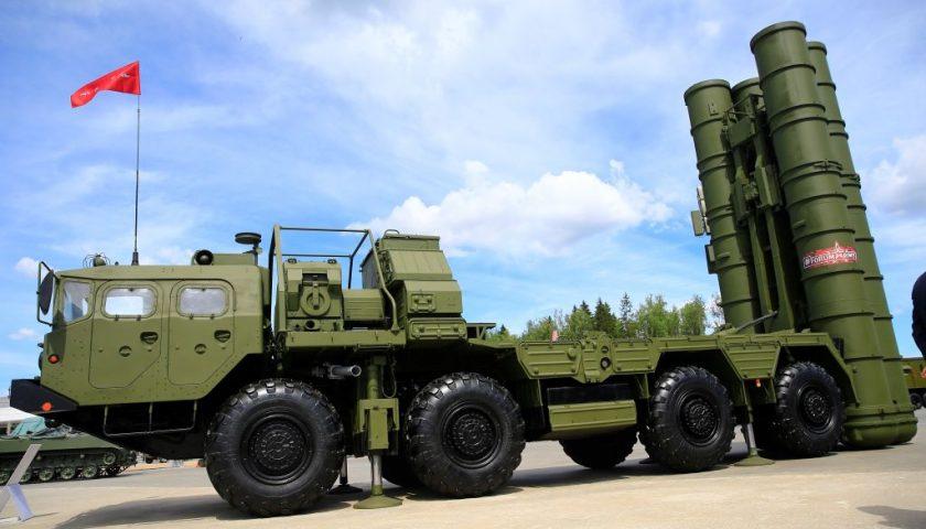 Les États-Unis imposent des sanctions à la Turquie pour l'achat d'un système S-400