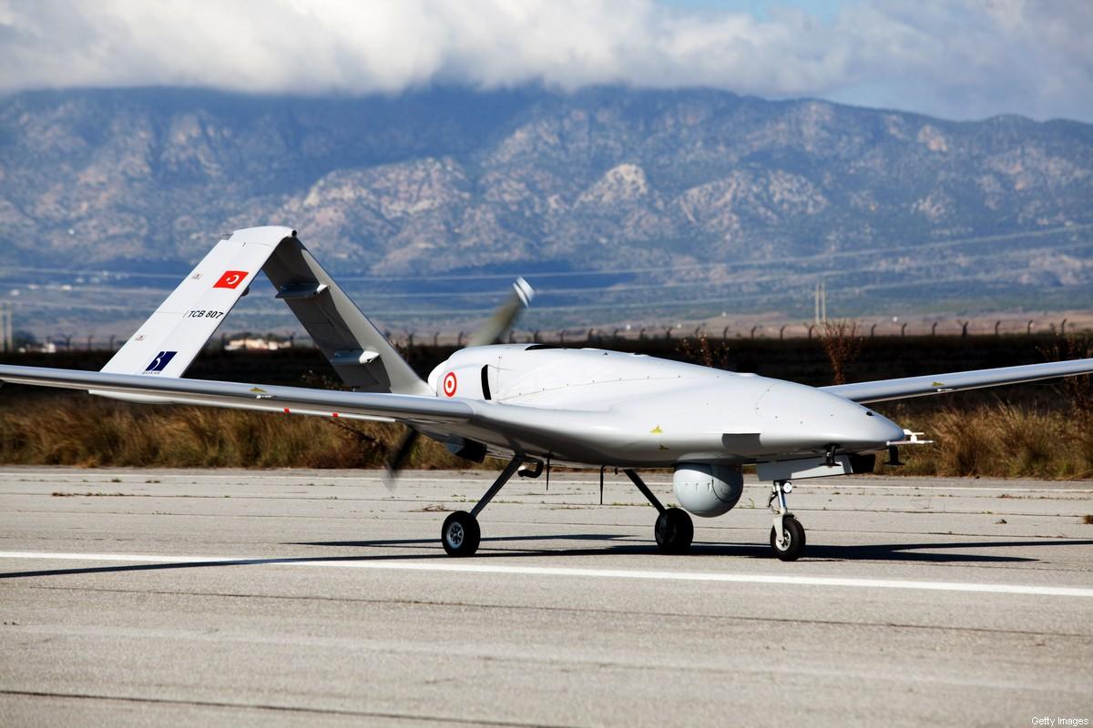 La Tunisie achète des drones de combat à la Turquie
