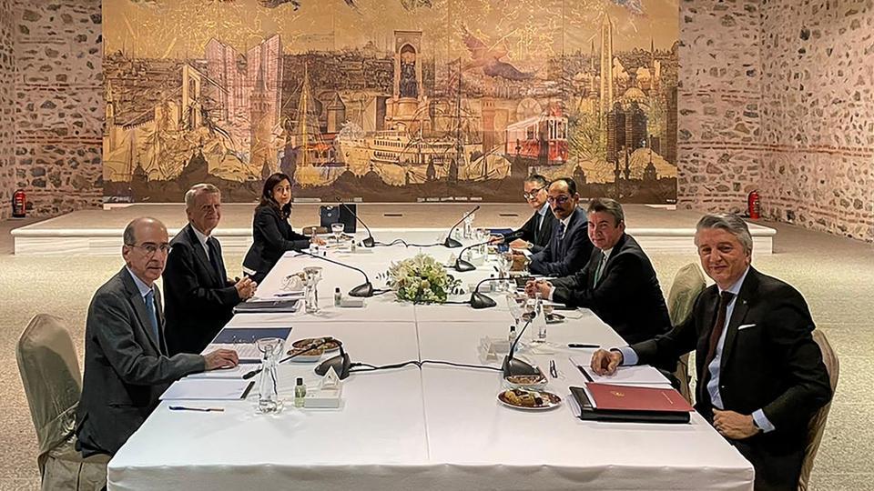 La Turquie et la Grèce conviennent de poursuivre les discussions directes pour normaliser leurs relations