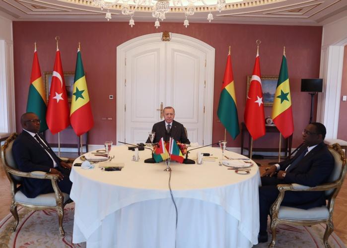 Déjeuner de travail entre Erdogan et Macky Sall, Embalo au palais Vahdettin d'Istanbul.