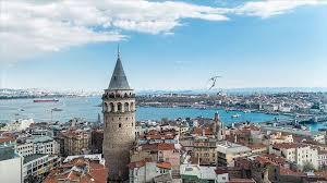 Saint-Valentin : quand Istanbul devient la ville des amoureux pendant la pandémie