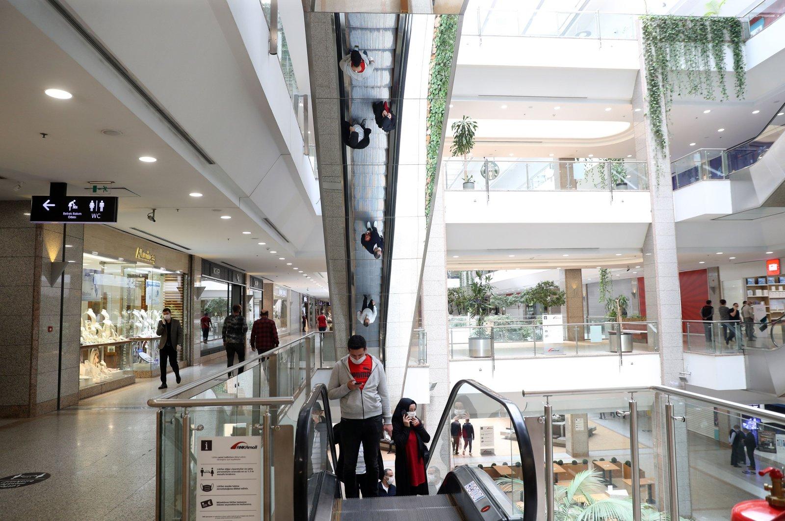 [Débat] Les commerçants turcs veulent la fermeture des centres commerciaux le dimanche