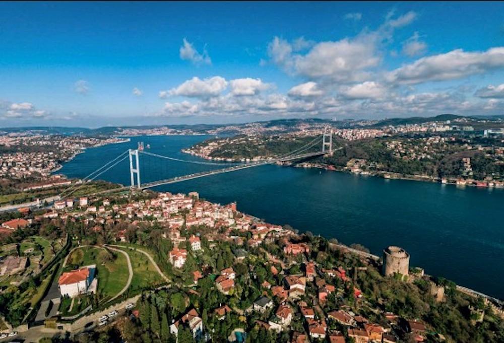 La Turquie dit que les navires de guerre américains seront déployés en mer Noire jusqu'au 4 mai