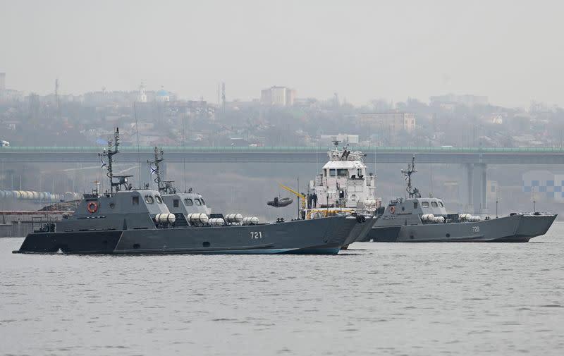 Les États-Unis annulent le déploiement de deux navires de guerre en mer Noire