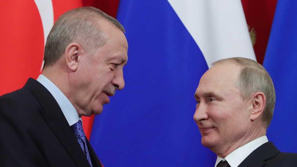 La Russie limite les vols vers la Turquie au milieu de la flambée des cas de COVID-19