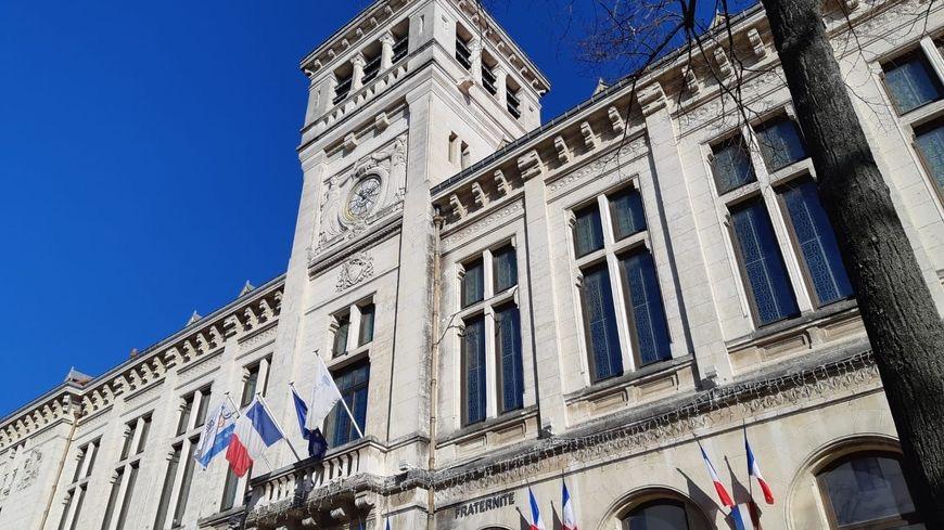 Valence : un conseiller municipal démissionne après avoir liké un post sur le « génocide » arménien