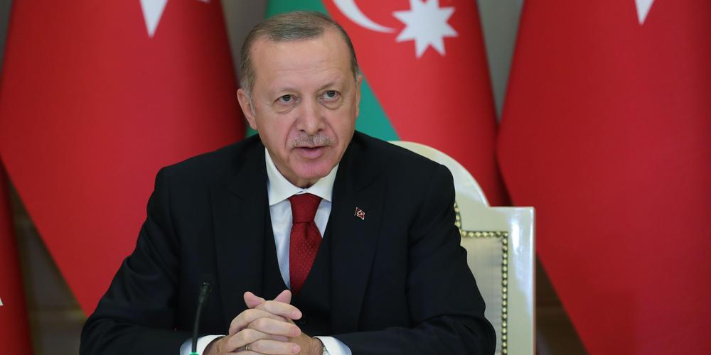 """La Turquie cherche à rétablir les liens avec ses """"ennemis"""" régionaux et à mettre fin à l'isolement"""