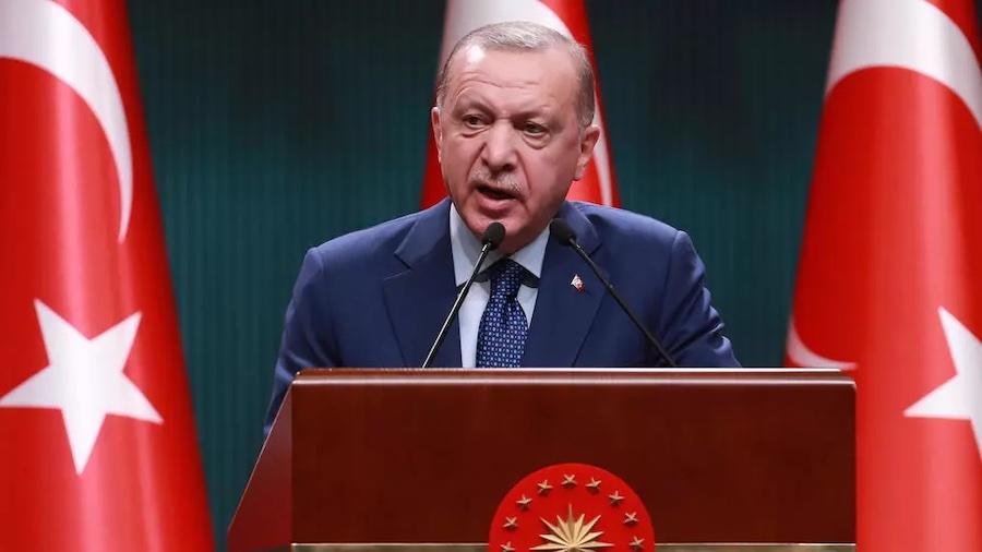 """Erdogan qualifie le projet de loi de sécurité français de """"guillotine de la démocratie''"""