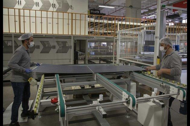 La Turquie et la Chine bénéficient d'une coopération gagnant-gagnant dans la production de panneaux solaires