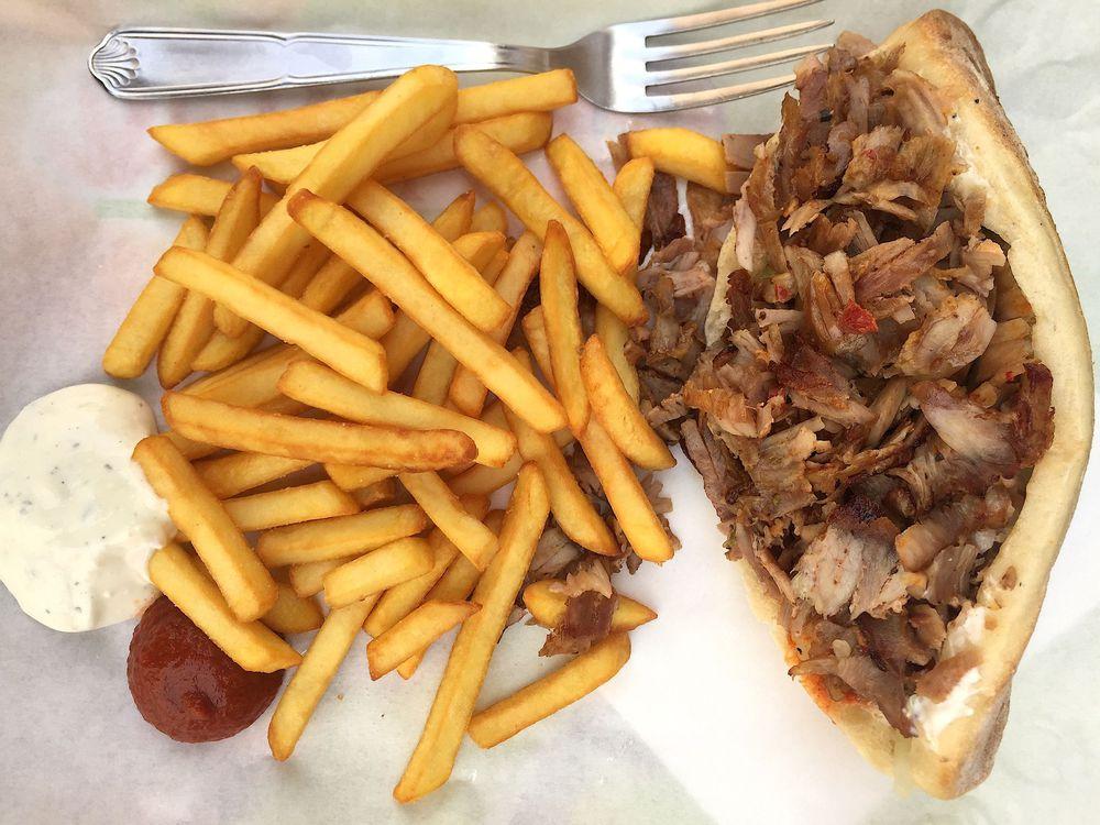 Du Kebab aux 5 étoiles ou l'irrésistible ascension d'un Turc à Berlin