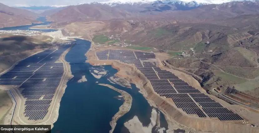 La première centrale électrique hybride hydro-solaire de Turquie, Lower Kaleköy, est mise en service