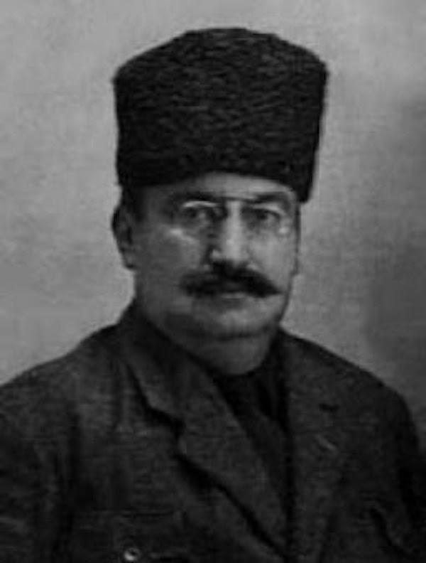 Yunus Nadi Abalıoğlu et les Arméniens